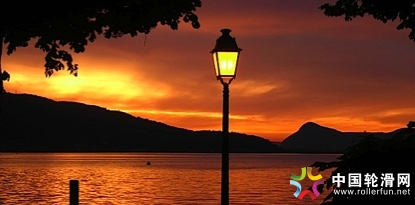 Annecy_sunset_view.jpg